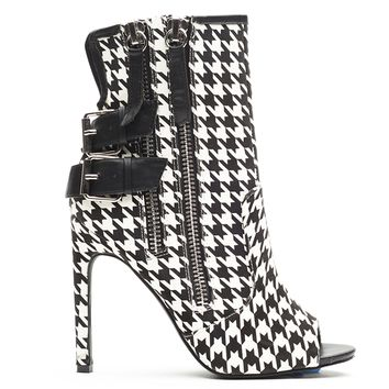 PRIVILEGED ISHANTI HOUNDSTOOTH BOOTIE