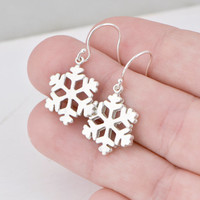 SALE Snowflake Earrings - Sterling Silver Snowflake Earrings - Winter Jewelry - Snowflake Jewelry - Christmas Gift - Sterling Danlge Earring