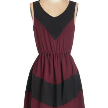ModCloth Colorblocking Mid-length Sleeveless A-line Afternoon of Architecture Dress in Burgundy