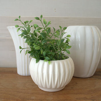 Small White Succulent Pot, Geometric Mini Planter, White Ceramic Bowl