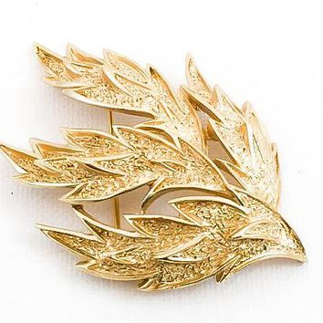 Vintage Brooch - Crown Trifari - Circa 1950 - Leaf Brooch - Gift for her - Mom Gift -  - Vintage Goldtone Brooch - Statement Brooch