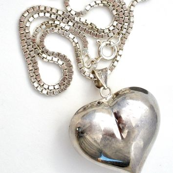 Vintage Large Puffed Heart Pendant Necklace 20""