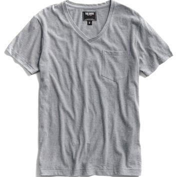 Pocket V-Neck T-Shirt in Grey