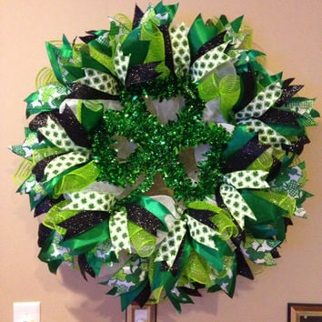 St. Patrick's Day Deco Mesh Wreath - St. Patrick's Day Wreath - Shamrock Deco Mesh Wreath - Irish Spring Wreath - Luck of the Irish Wreath