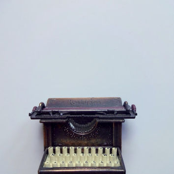 Vintage Die Cast Metal Typewriter Pencil Sharpener 1970s
