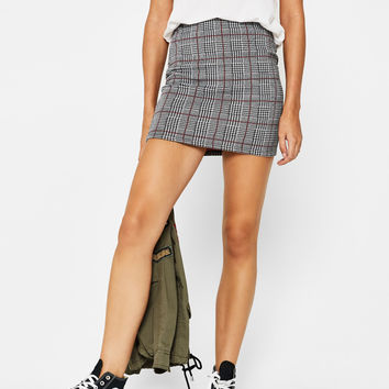Short fitted skirt - Skirts - Bershka United Kingdom