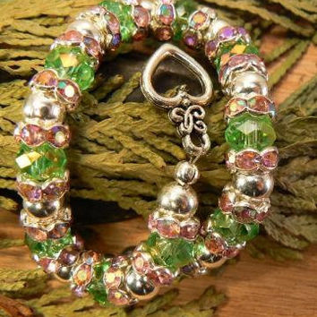 Peridot Green and Rose Glass Bracelet