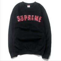 LV & Supreme tide brand joint heavy towel embroidery Chinese red caps sweater paragraph hedging sweater  Black