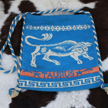 Vintage Astronomy Taurus Bull Turquoise Knit Cross Body Beach Purse