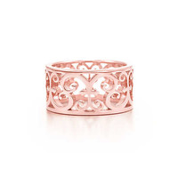 Tiffany & Co. - Tiffany Enchant® wide ring in RUBEDO® metal.