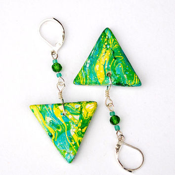 Cheerful green and yellow earrings with triangular beads and leverback hooks.
