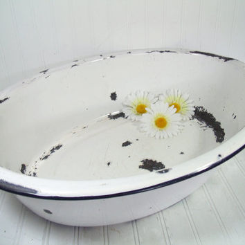 Vintage Black on White EnamelWare Porcelain Huge Oval Bowl - Rustic XXL DishPan for Kitchen - FarmHouse Primitive Porcelain Bathing Basin