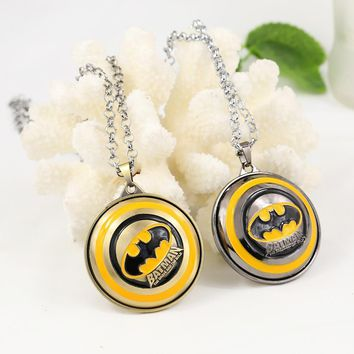 Batman Dark Knight gift Christmas New Arrival Super Hero BATMAN Jewelry Metal Round Pendant Necklace For Men Fashion Charm Necklace Can Rotate Accessories AT_71_6