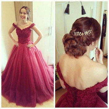 Sexy Off The Shoulder Tulle Ball Gown Prom Dresses 2016 Floor Length Sleeveless Red Prom Dress Vestidos De Baile Longo