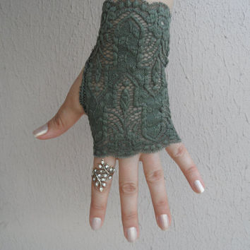 Kombu green lace glove, lace glove, gloves, party prom accessories, FREE SHIP