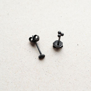 triple ball earstuds / black / dainty daily simple silver studs for the ear to wear everyday