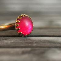 Little red mood ring, adjustable ring, statement ring, antique brass ring, glass dome ring, antique bronze ring, jewelry gift, some magic