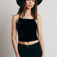 Lenni Womens Velvet Strappy Crop Top
