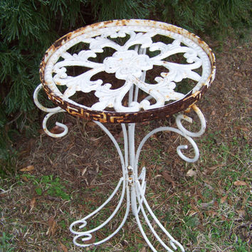 Vintage Chippy White Iron Table...Mid Century Cottage Chic...Garden Party...Rusty Crusty...Veranda...Porch Decor...French Country...Shabby