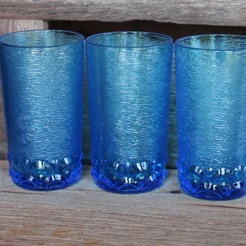 3 vintage Laser Blue water glassware / ice tea glasses, high ball tumblers, retro water glasses, blue bar cart glassware, blue MCM glasses