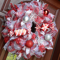 Christmas Wreath - Metallic Peppermint - Candy Cane Deco Mesh Wreath - Holiday Wreath - Red Silver Wreath - Christmas in July Sale
