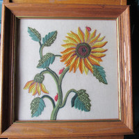 Midcentury Embroidered Wall Art / Handcrafted Crewel Work Framed Art / 50s 60s Home Décor / Sunflower Floral Retro Mod Décor / Shabby Chic
