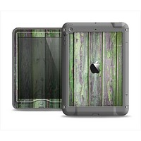 The Mossy Green Wooden Planks Apple iPad Air LifeProof Nuud Case Skin Set