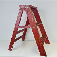 Vintage Red Step Ladder Painted Wood Step Ladder Paint Splatter Red Green White Black Wooden Rustic Farmhouse Decor Stepstool Plant Stand