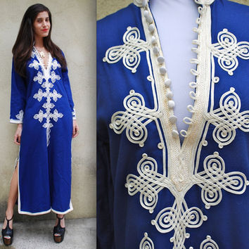 Vintage 70s Royal Blue and White Embroidered by littlelightVTG