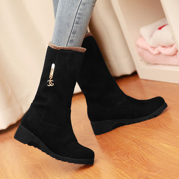 Suede Round Toe Middle Heel Mid-calf Boots