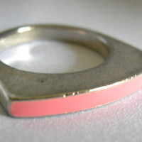 Pink Enamel and Silver Tone Mod Ring - Unsigned - Vintage