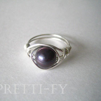 Purple Freshwater Pearl Wire Wrapped Ring, Wire Wrapped Jewelry, Chic Silver Jewelry, Silver Stone Ring, Chic Pearl Jewelry, Pretty Ring