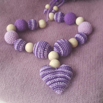 Nursing teething necklace crochet necklace with heart jewellery for new mum Sling accessory Breastfeeding necklace Shower gift Baby toy
