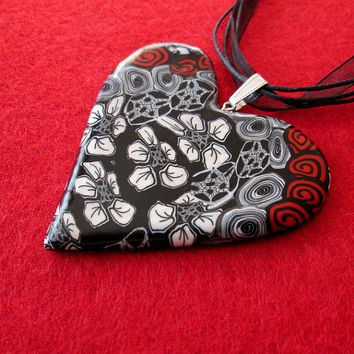 polymer clay heart necklace,black and white polymer clay jewelry,polymer clay pendant,statement necklace black,artisan pendant,romantic gift