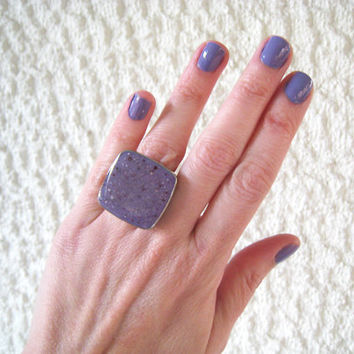Faux granite purple ring, lilac mauve violet amethyst plum ring, stone marble imitation minimal big chunky silver adjustable simple modern