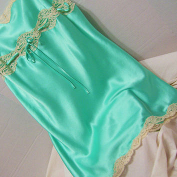 Victoria Secret, Liquid Satin, Sexy Night Gown, Chemise, Caribbean Green, Beige Lace Accents,Honeymoon Bridal, Resort, Size XS