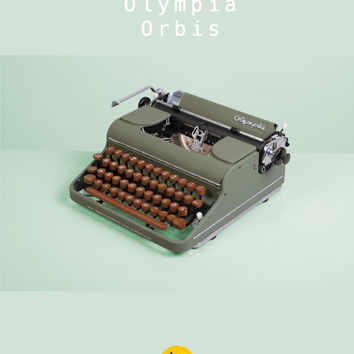 RESERVED /// Rare 1949 Olympia Orbis Typewriter. Restored and fully working. West Germany. Green and brown. Portable. With wooden case.