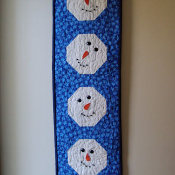 Snowman Quilted Wallhanging Tablerunner Cotton Beads Embroidered Unique