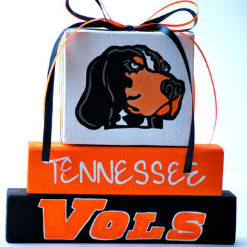University of Tennessee Vols Smokey WoodenBlock Shelf Sitter Stack