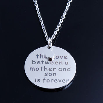 Stainless Steel Silver Heart Necklace The love between Mother and Daughter is Forever Pendant Necklaces for Women Mother Gift