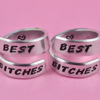 BEST BITCHES - Spiral Rings Set, Hand Stamped Aluminum Rings, Best Sisters Rings, Friendship Gift, BFF Gift, Uppercase Handwritten Font