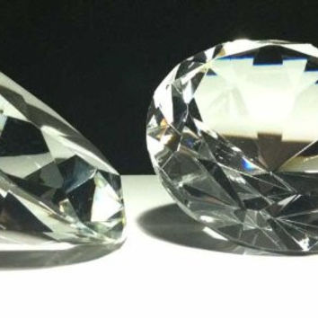 "1 X Diamond Paperweight 80mm Clear Glass 3"" Wide"
