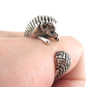 Hedgehog Porcupine Shaped Animal Wrap Ring in Shiny Silver   US Sizes 4 to 9