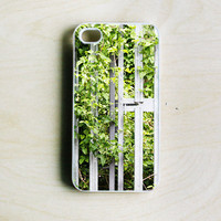 iPhone 4/4S Case - Nature iPhone Cover, Photography Phone Cover, Plastic iPhone Case, Green Leaves, White Fence Photo Case