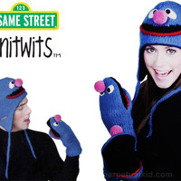 GROVER KNITWITS SESAME STREET HATS & MITTENS