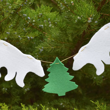 Christmas garland-Christmas ornament-Christmas banner-Polar Bear bunting-Felt Animal Felted-Nursery decoration-Xmas Baby Shower-white teddy