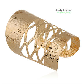 2017 women hollow Gold-color bracelet wide wrap geometric arm bangle cuff big modern fashion egyptian jewelry bijoux Indian hot