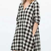 Plaid V-Neck Sleeve Button Dress With Pocket