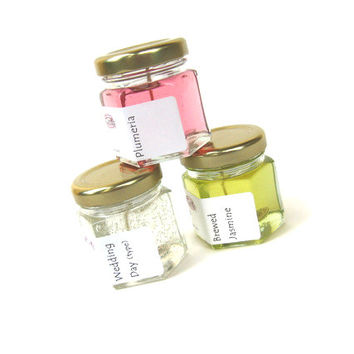3 Flower Scented Mini Candles, Buyers Choice Sampler, Gel Modern Home Fragrance, Pink White Yellow Minimalist
