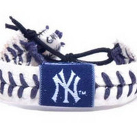 Gamewear MLB Leather Wrist Band - Yankees Authentic Band